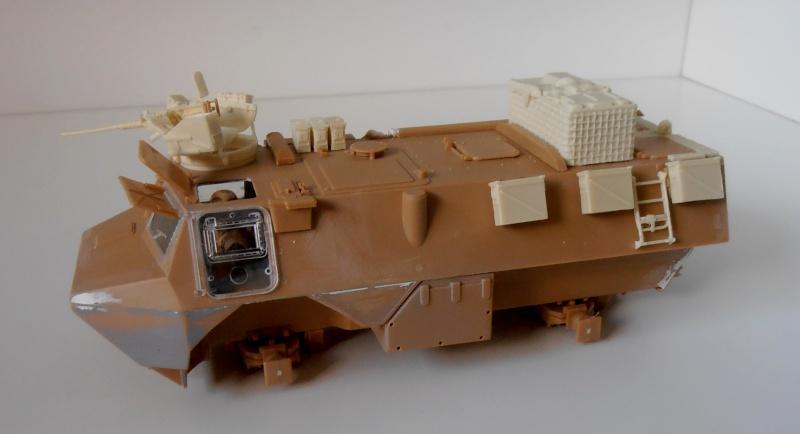 Vab en opex ( heller, eduard, blast model ) au 1/35eme P8191212