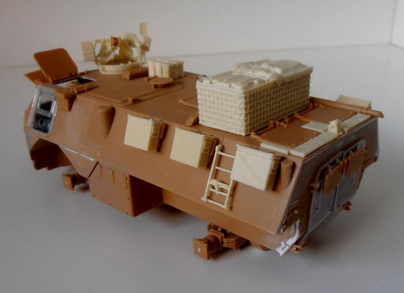 Vab en opex ( heller, eduard, blast model ) au 1/35eme P8191213
