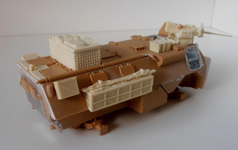 Vab en opex ( heller, eduard, blast model ) au 1/35eme P8191214