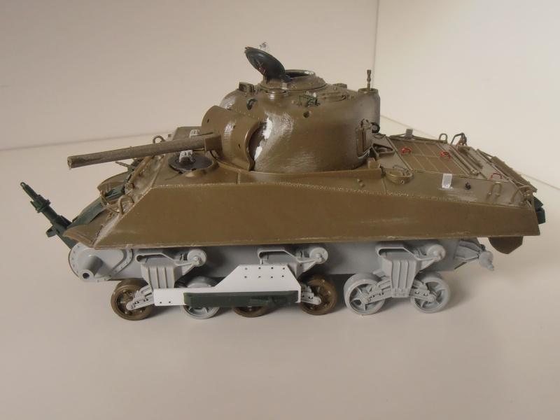 Sherman M4A3 ex dozer ( italeri, academy, eduard ) au 1/35eme P8241310