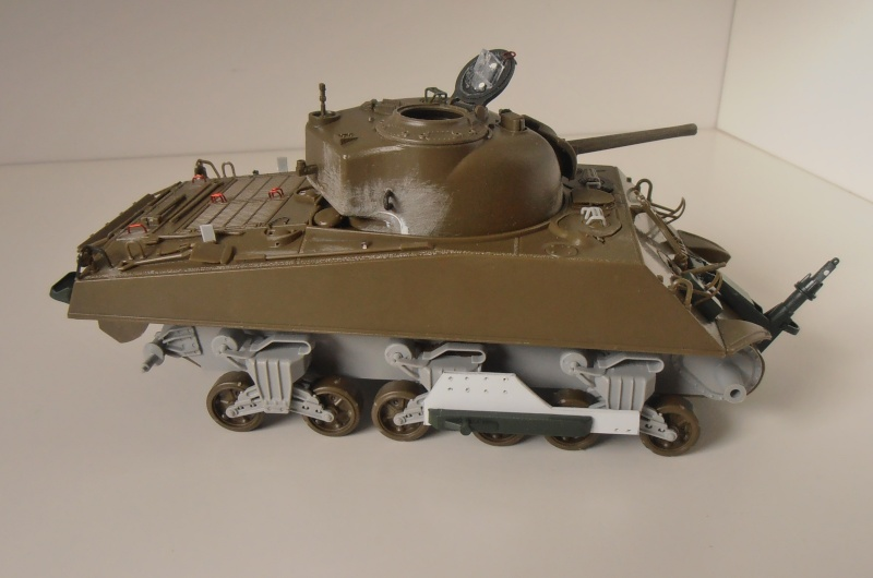 Sherman M4A3 ex dozer ( italeri, academy, eduard ) au 1/35eme P8241312