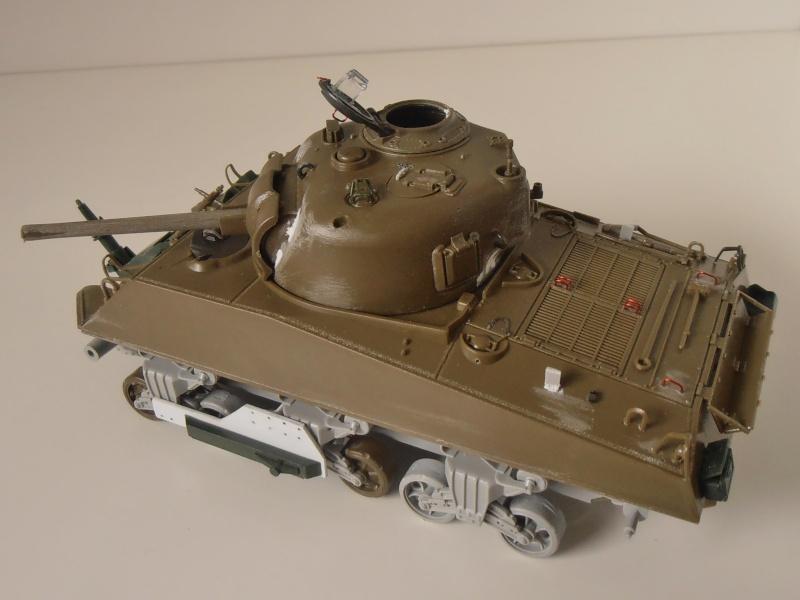 Sherman M4A3 ex dozer ( italeri, academy, eduard ) au 1/35eme P8241313