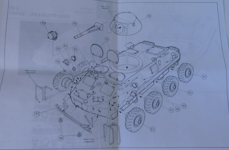 BTR 60 APC ( verlinden  1/35eme ) P8261411
