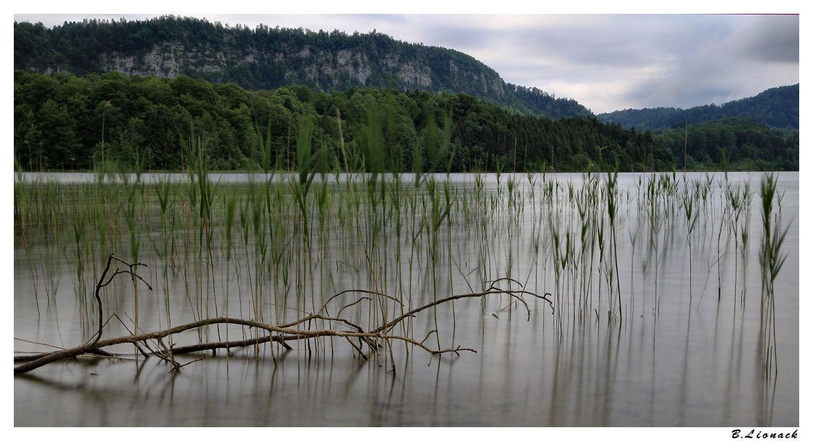 Sale temps sur le lac Ilay0310