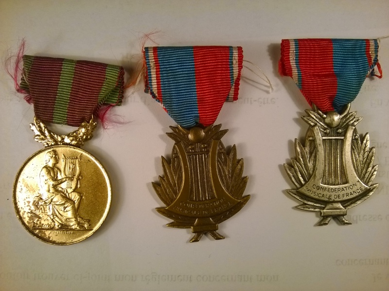 Lot 3 medailles Confederations Musicales prix baissé Wp_20119