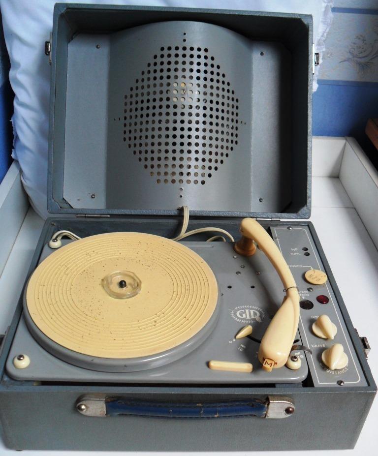Electrophone GID des années 60 Sam_0424