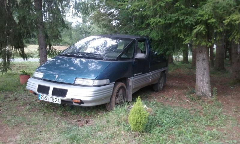 Ca doit aller mieux, j'ai racheté un Pontiac......... 20150812