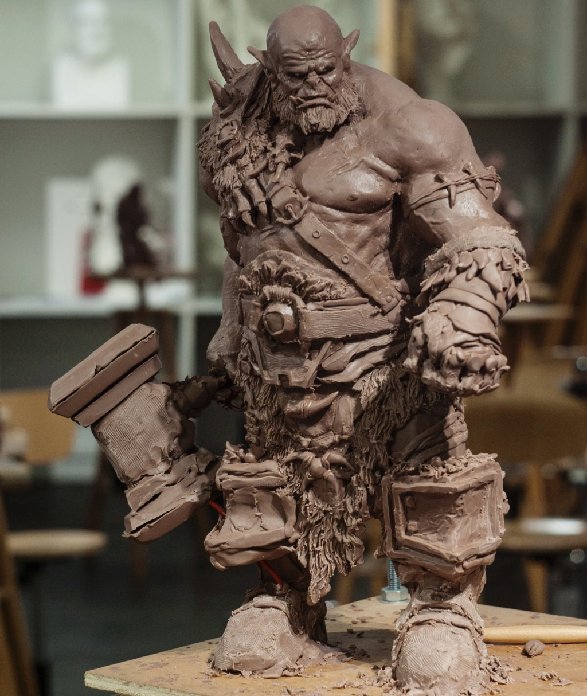 Statues et customs (créatures & Barbares) Cyril-12