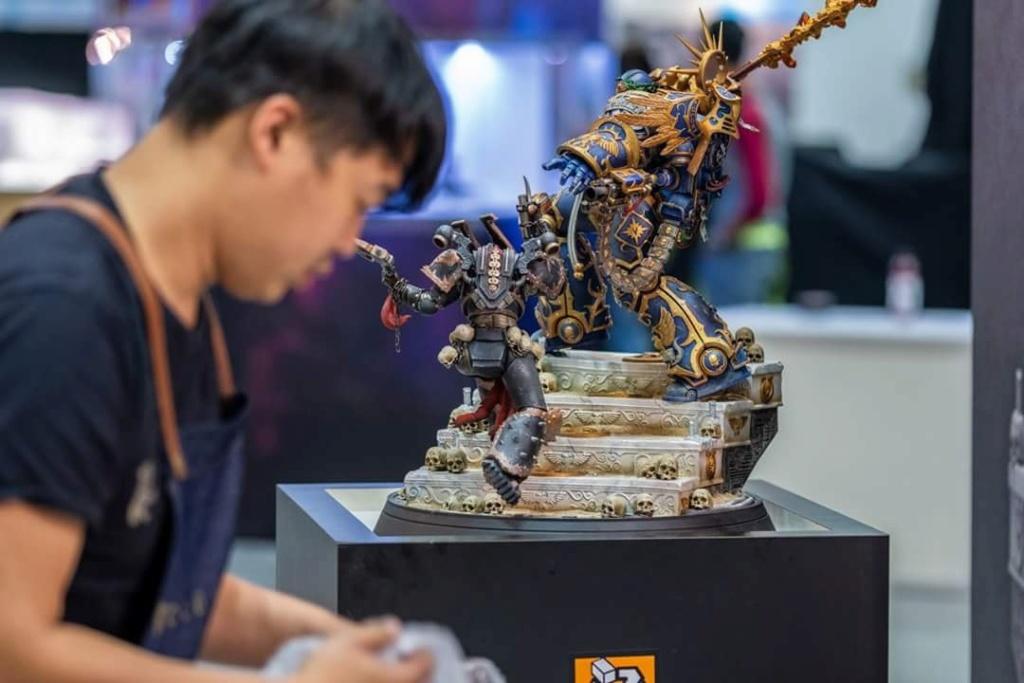 Warhammer 40,000 - Guilliman vs Chaos Marine - HMO collectibles   Hmo_wa11