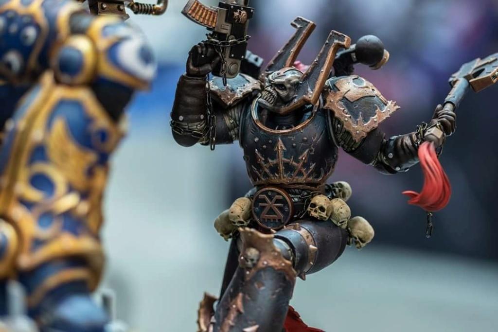 Warhammer 40,000 - Guilliman vs Chaos Marine - HMO collectibles   Hmo_wa12