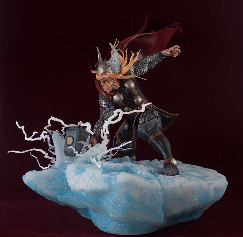 Statues et customs - Page 2 Thor_g24