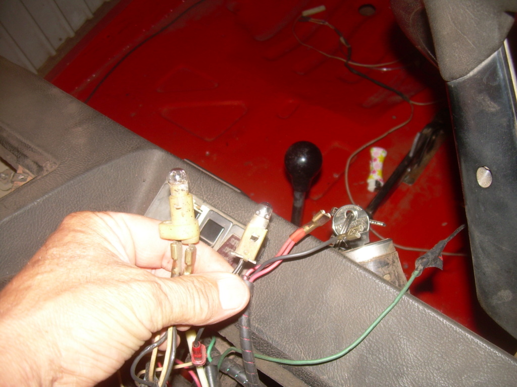 Ampoules et filage emplacement?? Dscn4111