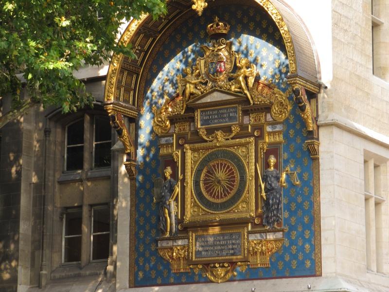 Reçu un beau diapo....Les horloges et pendules des rues..... Img_2610
