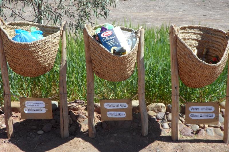 Tri de déchets au camping Serdrar à TAZZARINE (Zone 7) Sam_6710
