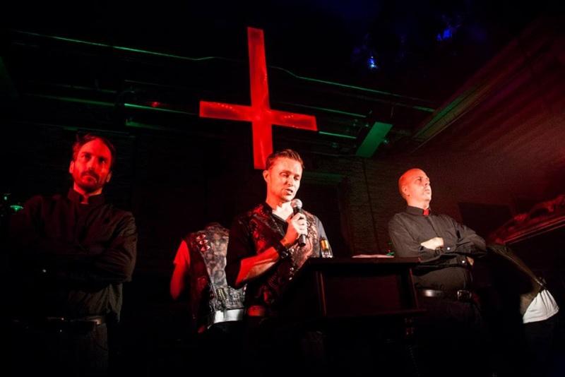 Une statue satanique inaugurée à Détroit  11828810