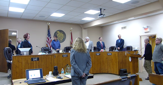Le Conseil de la ville de Floride invoque Satan lors de ses réunions ! City-c10