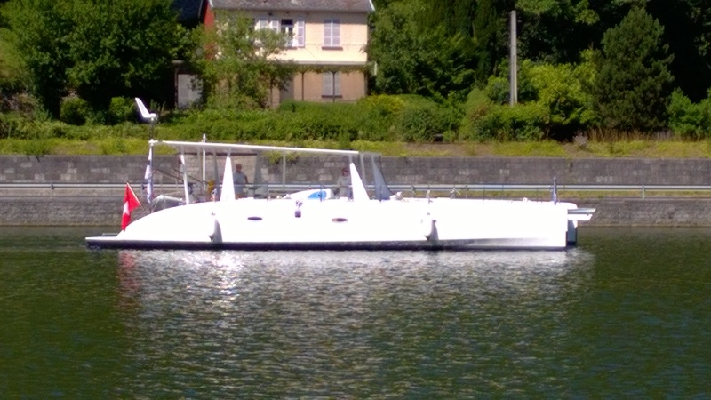 Catamaran électro-solaire Wp_20120