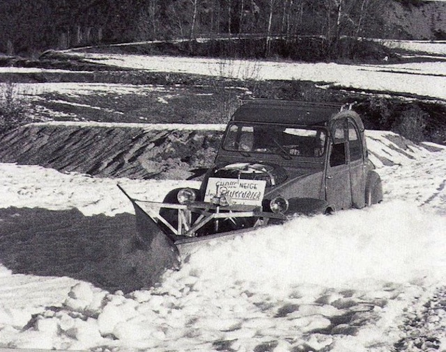 2CV SAHARA chasse-neige en brocante Img00110