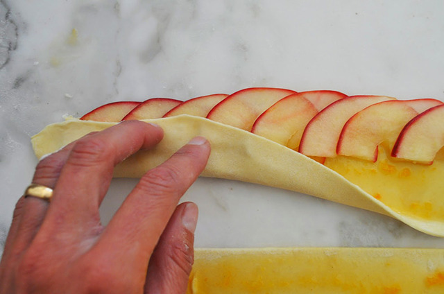 Блюда из слоеного теста 410