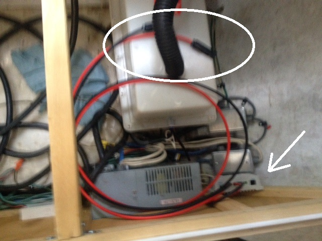 Hi-Tech / Low-Tech Img_2036