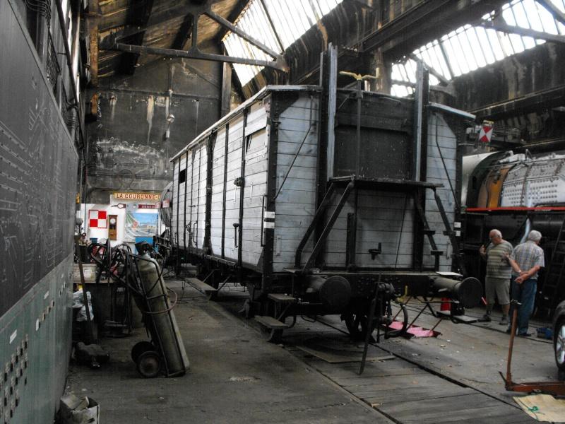 Exposition de matériel au dépôt de Nîmes du 12 au 14 juin 2015 Dscf0013