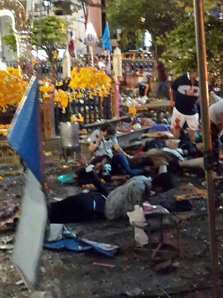 Atentado en Bangkok. Al menos 12 muertos. 11874110