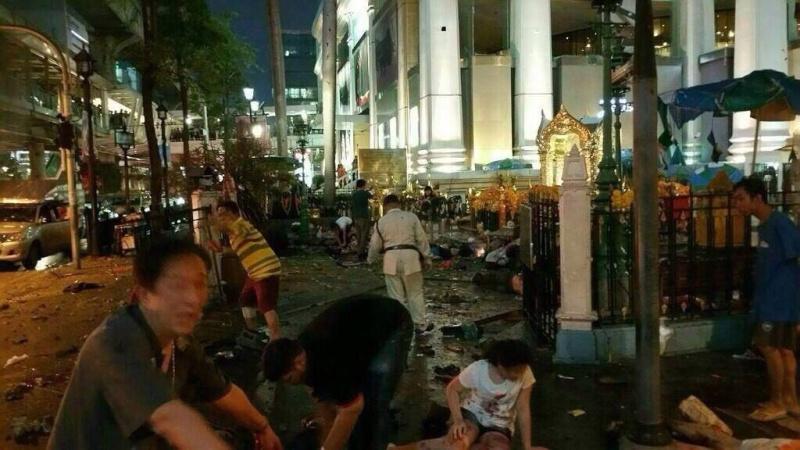 Atentado en Bangkok. Al menos 12 muertos. 11884210