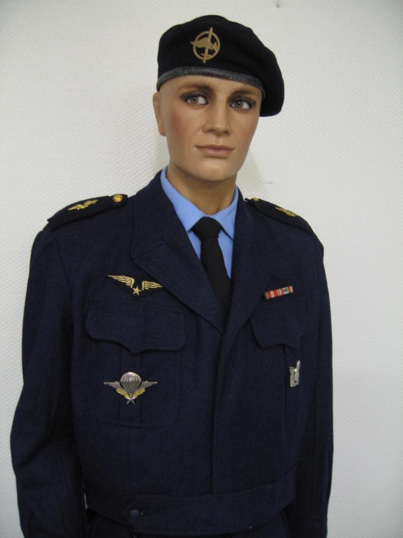 Sergent au CPA 20/541 en permission, décembre 1960 042410