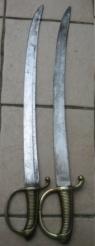 sabre briquet avec lame gravée. Img_2817