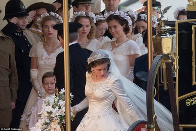 The Crown (2016) Claire11