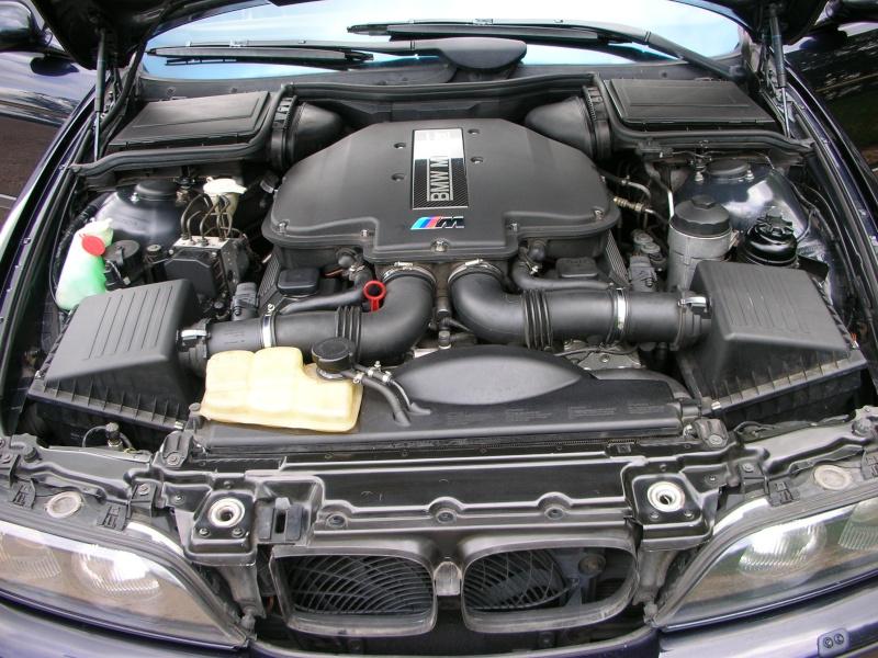 BMW M5/// E39 01/2000 Dscn5524