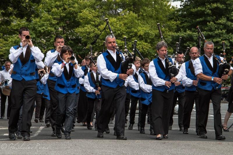 Les costumes bretons à la fête Bagad_10