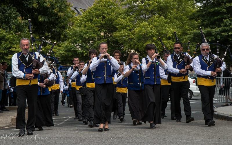 Les costumes bretons à la fête Bagada10