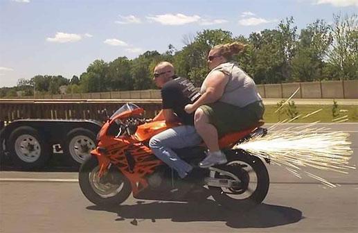 y'a du lourd!!!! Biker-10