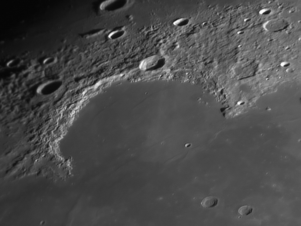 Un peu de Lune pour changer ? 2018-023