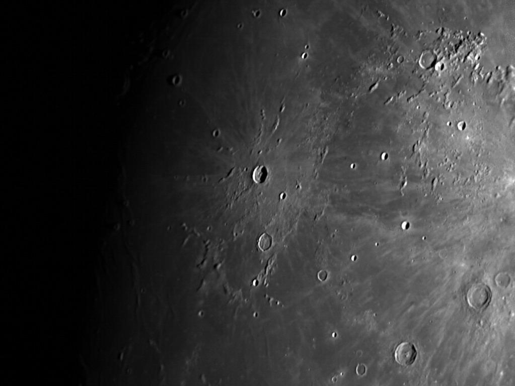 Un peu de Lune pour changer ? 2018-025