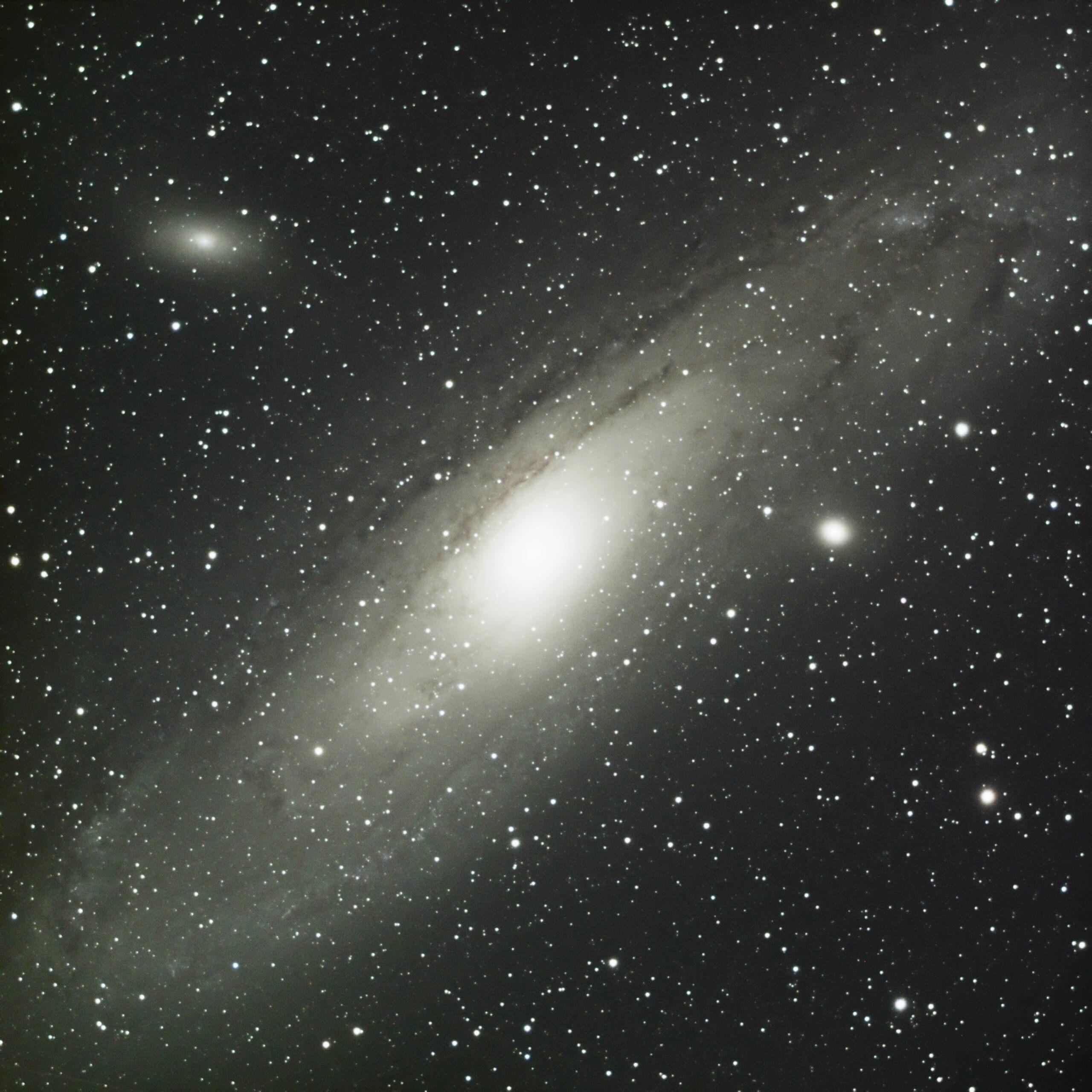 M31 en mode boulette !!! ... nouvelle image M31_te10