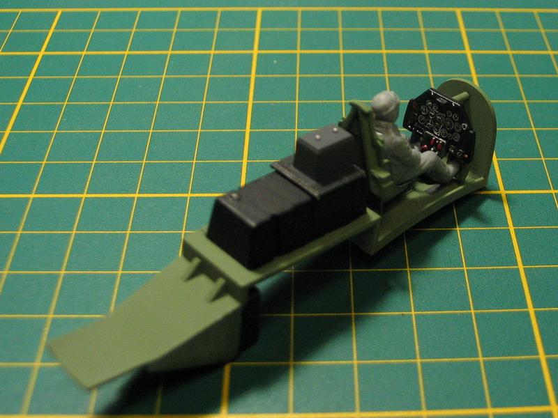 Mustang Mk III de chez Tamiya au 1/48eme P51_b_21