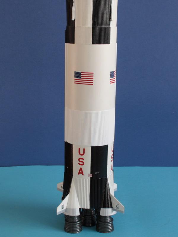 Mission Apollo 8 : il y a 50 ans ! (fini) - Page 5 Saturn73