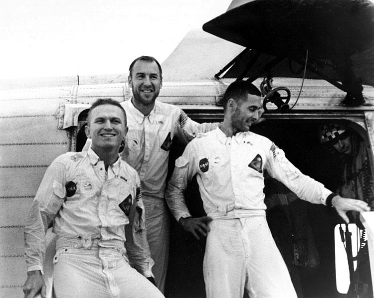 Mission Apollo 8 : il y a 50 ans ! (fini) - Page 5 Saturn78