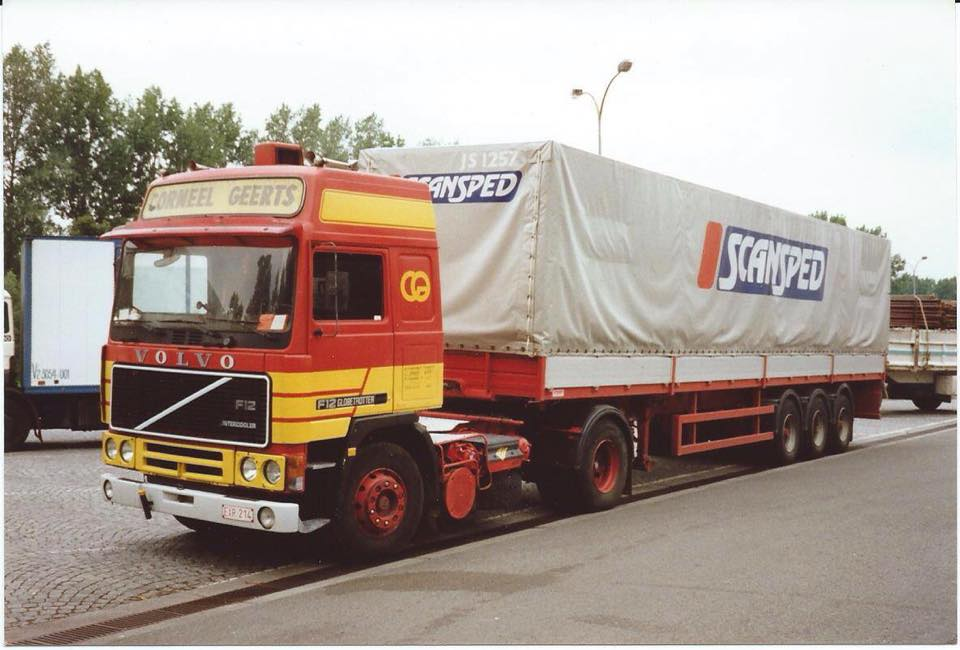 Volvo F 10,12 et 16. - Page 4 11053610