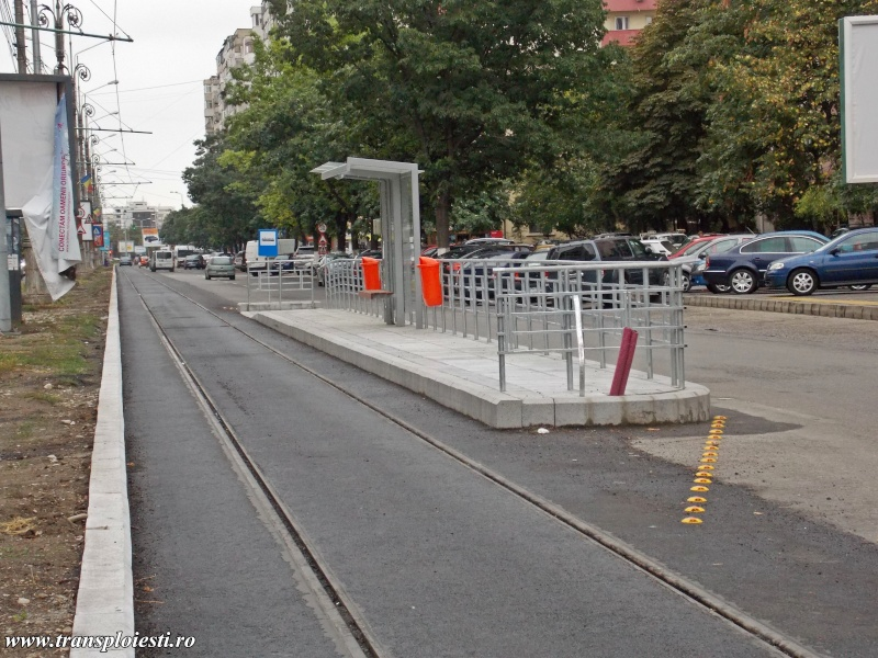 Traseul 101, etapa I: Intersecție Republicii - Intersecție Candiano Popescu ( zona BCR ) - Pagina 2 Dscn0154
