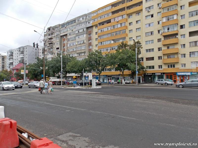Traseul 101, etapa I: Intersecție Republicii - Intersecție Candiano Popescu ( zona BCR ) - Pagina 2 Dscn0159