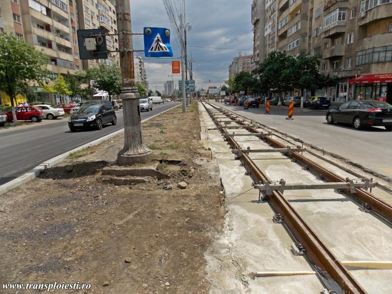 Traseul 101, etapa I: Intersecție Republicii - Intersecție Candiano Popescu ( zona BCR ) - Pagina 2 Dscn0627