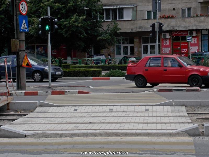 Traseul 101, etapa I: Intersecție Republicii - Intersecție Candiano Popescu ( zona BCR ) - Pagina 2 Dscn0632