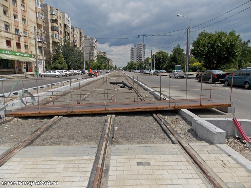 Traseul 101, etapa I: Intersecție Republicii - Intersecție Candiano Popescu ( zona BCR ) - Pagina 2 Dscn0634