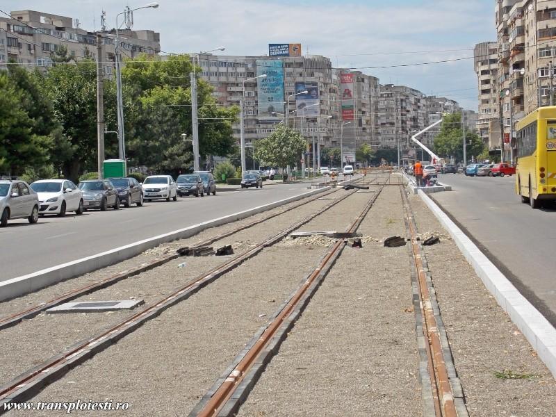 Traseul 101, etapa I: Intersecție Republicii - Intersecție Candiano Popescu ( zona BCR ) - Pagina 2 Dscn0636