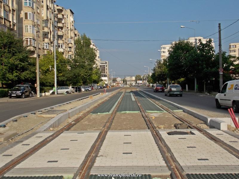 Traseul 101, etapa I: Intersecție Republicii - Intersecție Candiano Popescu ( zona BCR ) - Pagina 2 Dscn0880