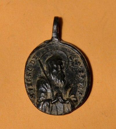 Médaille St-François-de-Paule & St-Bernard-de-Menthon - fin XVII/XVIIIème Dsc_0110