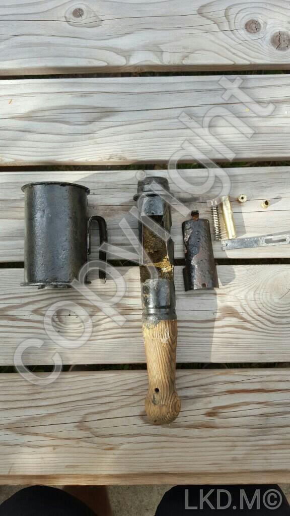 Identifier un obus, une grenade, une mine, une bombe. 20150719